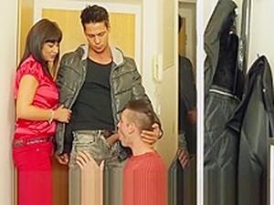Tera Joy Gets Pussy Hammered By Boyfriend And Handyman