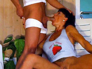 She Swallows Milk And Piss During Blowjob