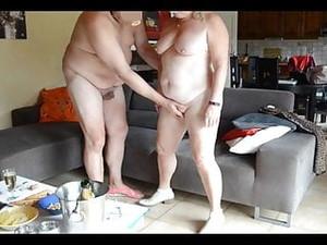 BDSM,Francez,Nudisti,In public