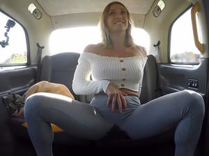 Doccia,Taxi
