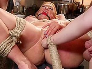 捆绑式假阴茎