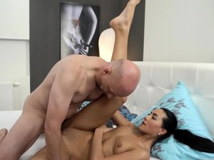 Mandi berendam,Lelaki tua,Pesta seks,Buah dada kecil,Gadis Thailand