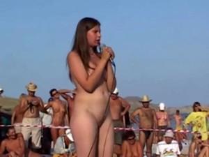 Concurso,Nudista