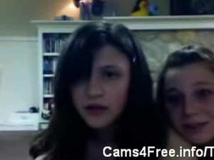 Three Dirty Teens On Webcam