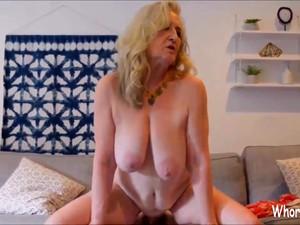 Horny Mature Bitch Wany Sex