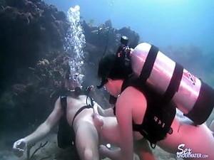 Gozadas,Debaixo d'água