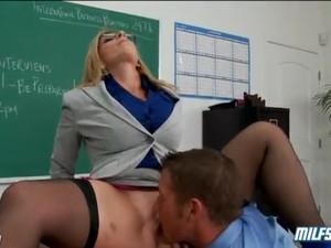 Sex in cur,Blonde,Lengerie,Invatatoare