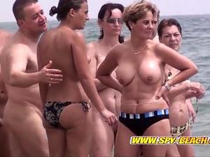 Любители,Пляж,Большие сиськи,Нудисты,Вуайеристы