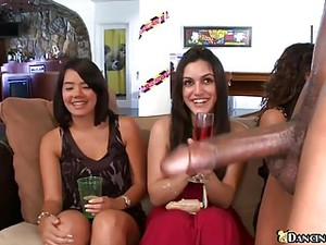 Horny Ladies Are Ready To Blowjob Party