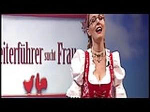Martina Hill Im Dirndl