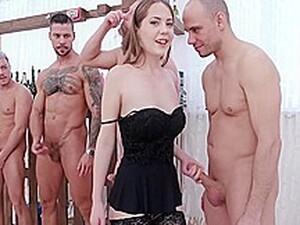 Çifte anal,Fetiş,Grup yapma,Rus pornosu,Uzun çorap