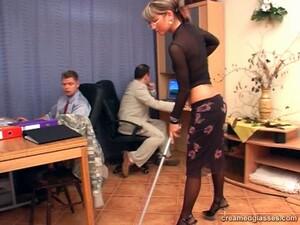 女仆,办公室