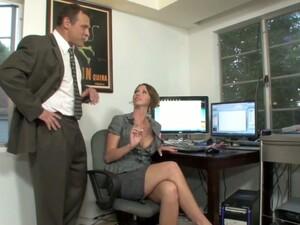 Secretare,Par scurt