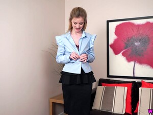Leggy And Tall Assistant Gracie Shows Striptease For The First Time