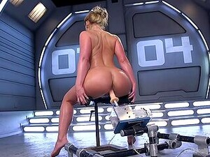 Premium Woman Shows Off Her Dirty Skills With The Fucking Machine