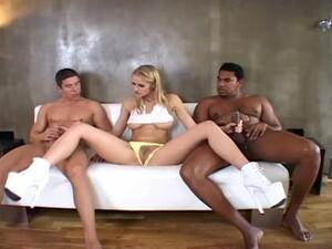 Jane Darling Threesome Sex (Interracial)