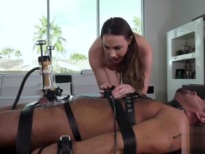 Kadın dominasyonu,Makine seksi,Süt