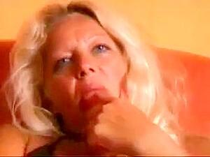 Голландское порно,Фистинг,Бабуля