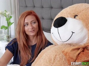 Kadence Marie Is Screaming While Her Lover Is Fucking Her Better Than Her New Boyfriend