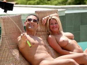 Hotel,Sex cu doi,Piscina