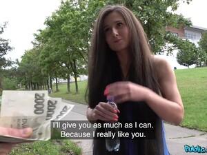 性玩偶,钱