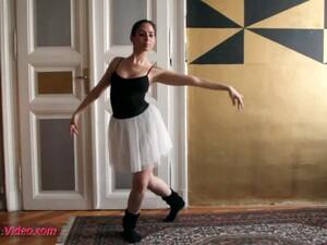 Dans,Teşhirci,Spor