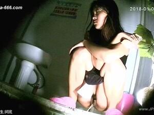 亚洲色情,中国色情,尿,厕所,偷窥癖者