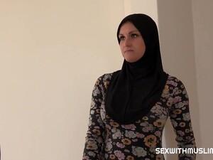 Hijab Girl Ends It With Big Facial