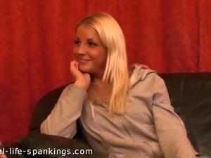 Блондинки,Голландское порно,Фетиш,Порка,Молодежь