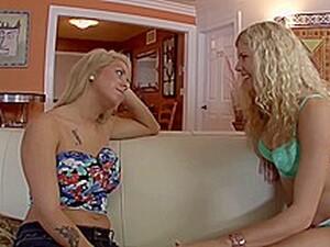 Gros seins,Blond,Lesbiennes,En extérieur,Jouets
