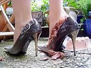 Food Crushing - Cake In Heels
