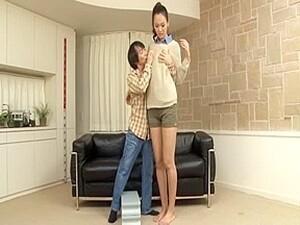 アジアポルノ,背が高い