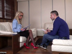 Stunning Tanned Blonde Viktoria Pure Gets Intimate With One Well Endowed Guy