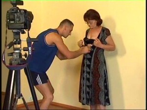 Mature Woman With Glasses Seduced For A Hot Cock Riding Game