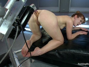 A Great Orgasm For A Kinky Redhead After Fucking Machines
