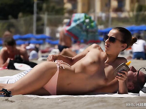 Fine Ass And Perky Titties On A Sexy Beach Chick