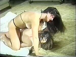 Hot Girls Sexy Catfight