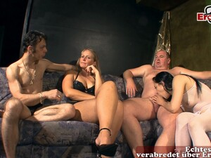 German Amateur Couple Swinger Threesome Party