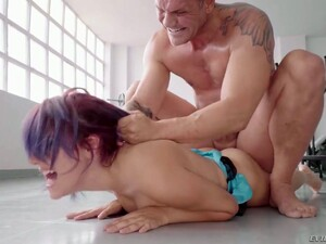 Sporty Shorty Susy Blue Gets Nailed Really Hard Right In The Gym