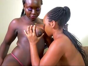 Африканское порно,Большой член,Большие сиськи,Групповуха,Молодежь