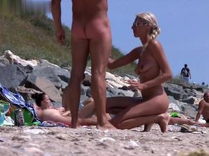 Voyeur HD  Beach Video N 204