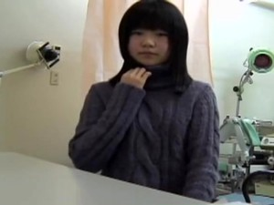 Young Japanese Girl Reaches An Orgasm At Her Gyno.s Office