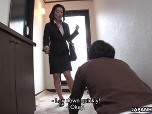 坐脸,女生控制,丁字裤,超短裙