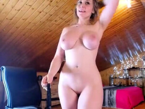 Busty Bbw Mandy A Lot Of Oil And Cucumber Solo