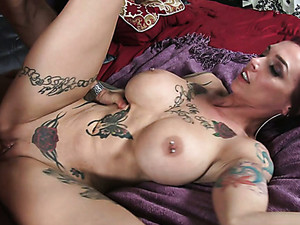 Heavily Tattooed Redhead Anna Bell Peaks Goes Wild With Her BF In Bedroom