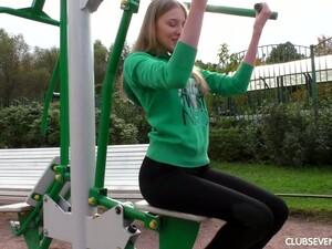 女友,健身房