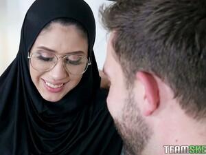 Арабское порно,Волосатые,Застенчивые