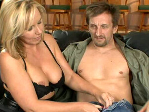 Jaw Dropping Bosomy Blonde MILF Lacey Love Happily Sucks Lollicock