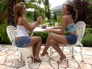 Lesbians Share Tender French Kisses And Lick Cunt Outdoors
