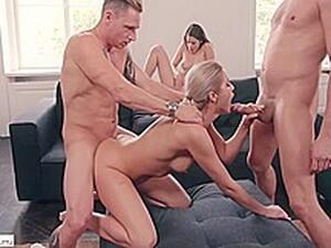 Blonde,Brunete,Sex in grup,Mamici bunaciuni,Orgii
